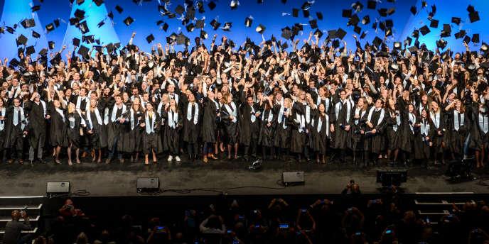 Cérémonie de remise des diplômes à Audencia Business School, à Nantes.