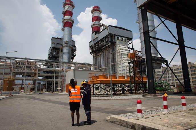 Devant la centrale à gaz Ciprel, à Abidjan en Côte d'Ivoire.