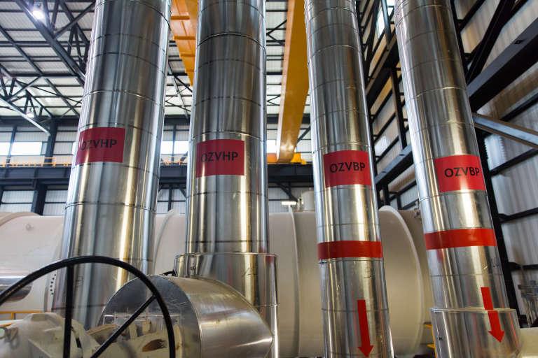 La vapeur à haute et basse pression pour alimenter les turbines de la centrale Ciprel à Abidjan.