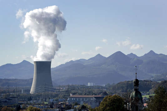 Chambre de refroidissement de la centrale atomique de Gösgen, dans le canton de Soleure, dans le nord de la Suisse, le2novembre2006.