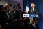 Le candidat à la primaire de la droite et du centre, Nicolas Sarkozy, prononce un discours, le 20 novembre 2016 dans son QG de campagne à Paris, au soir de sa défaite.