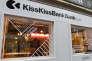 Façade de KissKissBankBank à Paris.