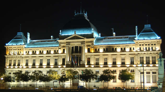 Université de Lyon-III.