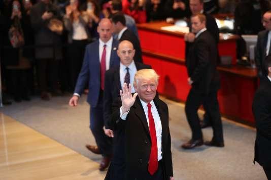 Donald Trump à son arrivée dans les locaux du «New York Times», le 22novembre.