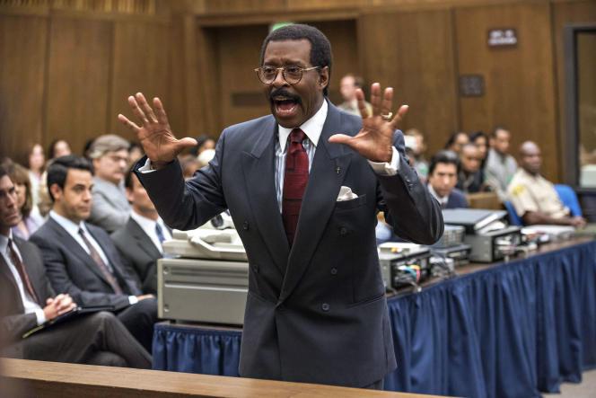 Courtney B. Vance dans le rôle de l'avocat Johnnie Cochran.