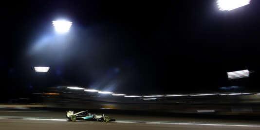 Le pilote Mercedes Nico Rosberg retrouve ce week-end le circuit de Yas Marina à Abou Dhabi (ici le 29 novembre 2015).