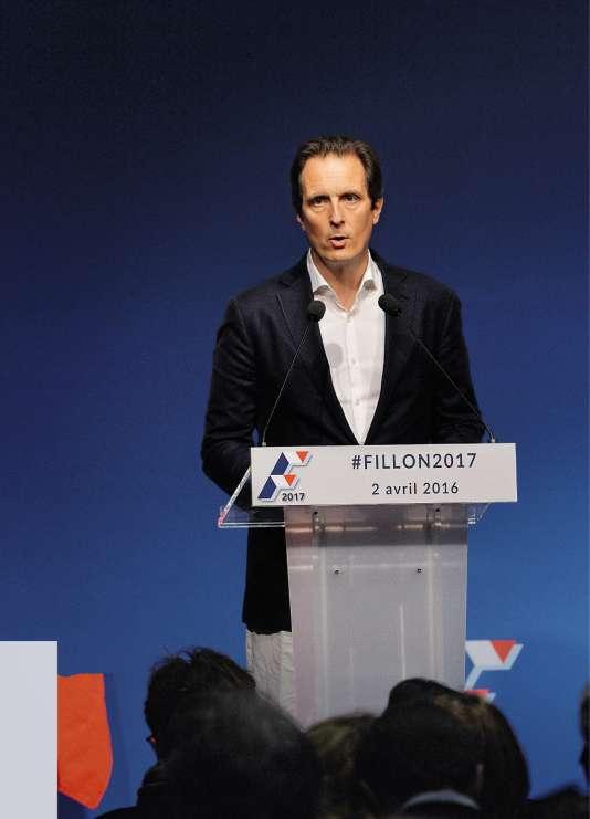 Jérôme Chartieraide depuis 20 ans François Fillon à accéder aux plus hautes sphères du pouvoir.