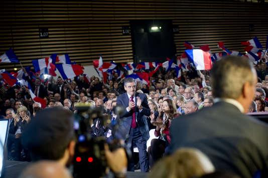 Lors du meeting de Francois Fillon à Lyon, le 22 novembre