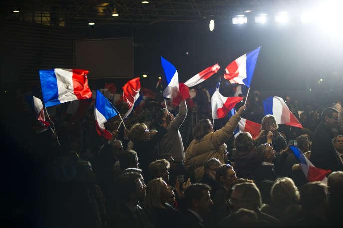 « La convergence est nette avec la ligne diplomatique du Kremlin depuis une décennie : celle-ci souligne que la Russie et l'Occident ont les mêmes ennemis dans le monde » (Photo: meeting de François Fillon à Eurexpo Lyon, mardi 22 novembre).