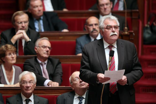 Le député (PCF) André Chassaigne, le 13 octobre 2015, à l'Assemblée nationale.