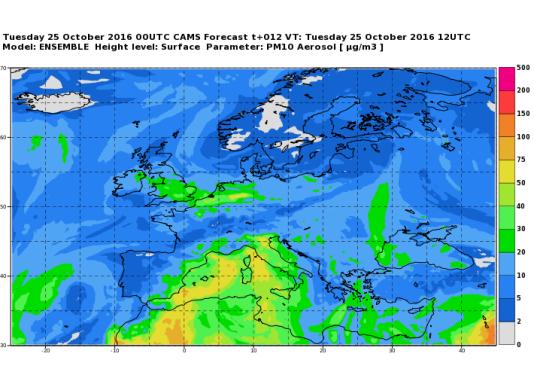Prévision des concentrations maximales de PM10 à l'échelle européenne, publiée par Copernicus-Atmosphère pour le 25 octobre.
