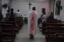 Dans une église catholique de Dingan, dans la région chinoise de Guangxi, le 11 mai 2016.