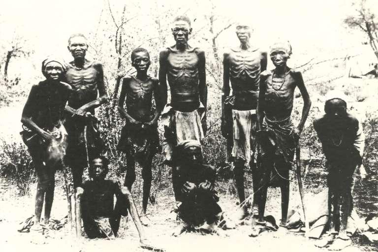 Herero décharnés retrouvés dans le désert.