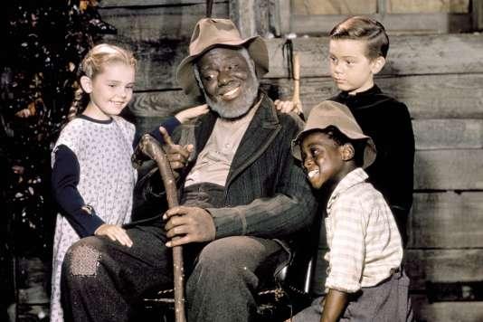 « Mélodie du Sud» où les esclaves noirs étaient forcément très attachés à leurs maîtres blancs…