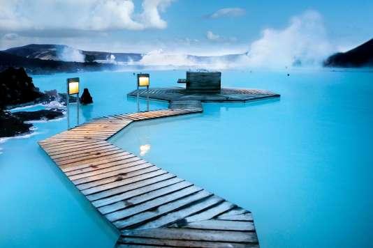 Au Blue Lagoon, les eaux sulfureuses sont à 39°C toute l'année...