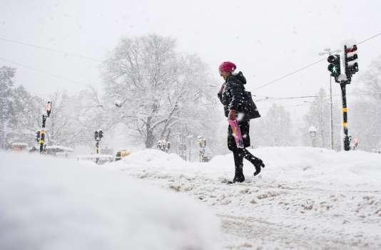 À Stockholm,contrairement aux femmes, les hommes circuleraient sur les grandes avenues…car ils conduisent des voitures.