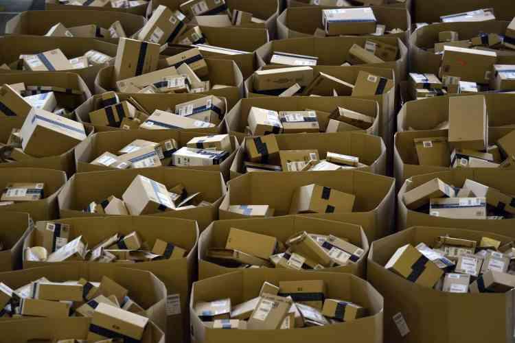 Les longues files d'attente ne sont plus une obligation. Le commerce en ligne profite aussi largement du Black Friday (1,6 milliard de dollars en 2015 selon Statista). Mais c'est le Cyber Monday, le lundi suivant Thanksgiving, qui est devenu la journée de shopping en ligne la plus importante de l'année (plus de 2 milliards de dollars selon le magazine «Forbes»).