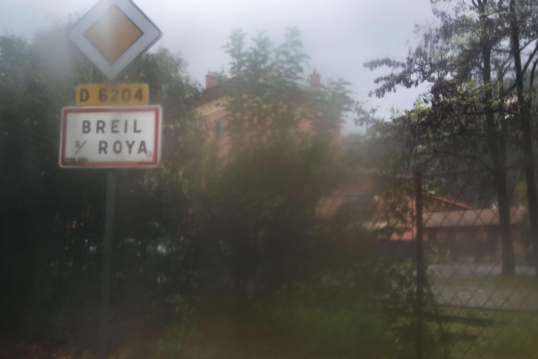 Depuis plusieurs mois, des citoyens accueillent des réfugiés àBreil-sur-Roya, un village de 2 400 habitants, dans la vallée située entre Nice et la frontière italienne.
