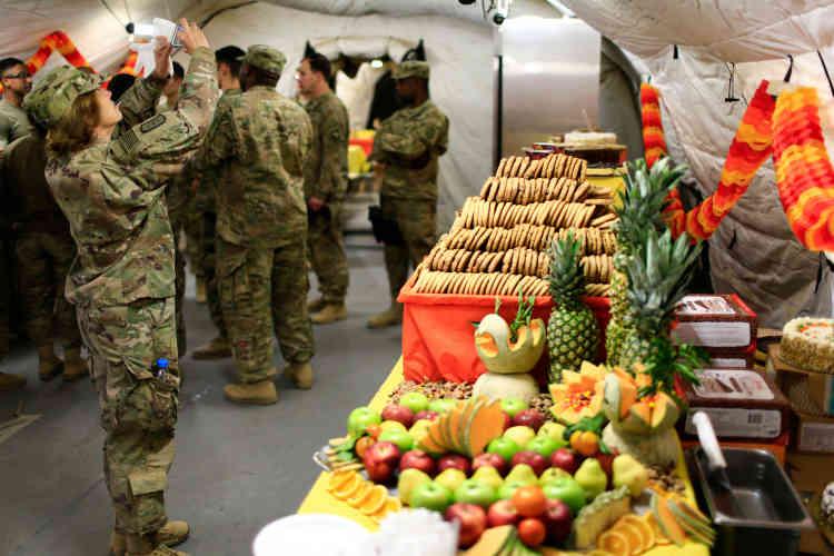 Même l'armée américaine fête Thanksgiving, ici près de Mossoul en Irak.