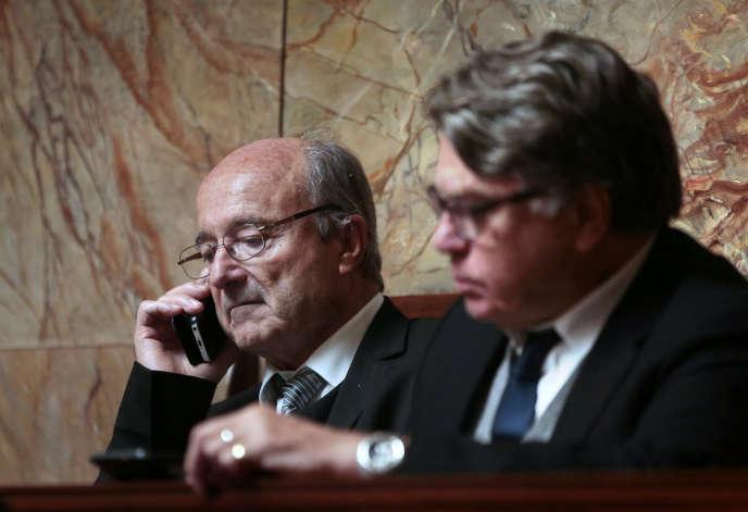 Jacques Bompard et Gilbert Collard, à l'Assemblée, en octobre 2015.