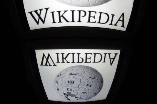 L'encyclopédie Wikipédia est bâtie par les internautes.