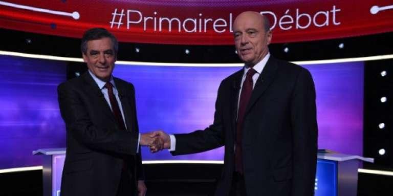 François Fillon (à gauche) et Alain Juppé, lors du débat du second tour de la primaire de la droite et du centre, jeudi 24 novembre.