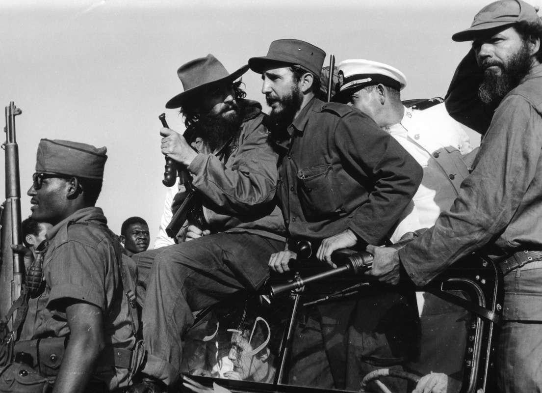 Le 8 janvier 1959, Fidel Castro et Camilo Cienfuegos, l'un de ses principaux lieutenants, entrent dans La Havane. Fulgencio Batista, qui s'est enfui à Saint-Domingue le 1er janvier, est vaincu.