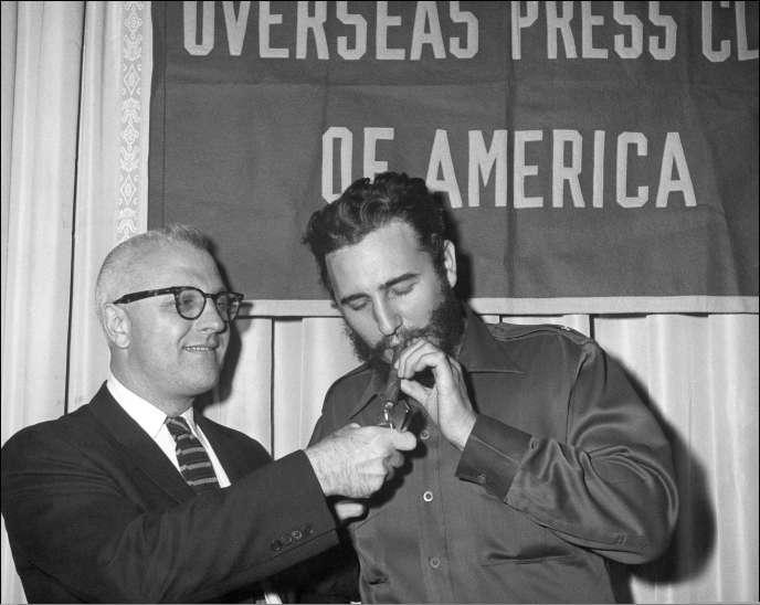 Fidel Castro en visite à l'association des journalistes de la presse étrangère à New York en septembre 1960.
