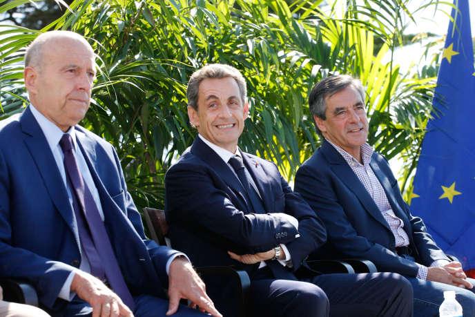 Alain Juppé, Nicolas Sarkozy et François Fillon, à La Baule (Loire-Atlantique), lors de l'université d'été des Républicains, le 5 septembre 2015.
