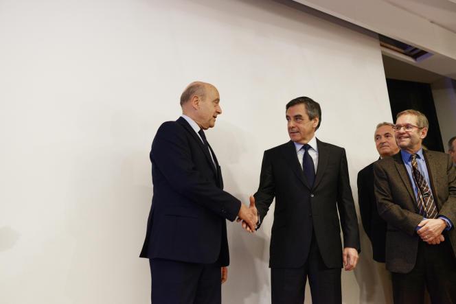 Alain Juppé et François Fillon, le soir du second tour des primaires de la droite, le 27 novembre.