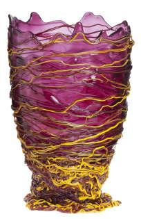Le Vase Spaghetti, en résine de polyuréthane, édition Fish Design (au 107 Rivoli), 2016
