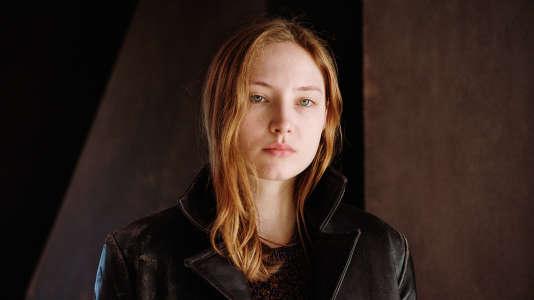 Julia Roy, repérée par Benoît Jacquot dans un amphithéâtre, lors d'une master class.