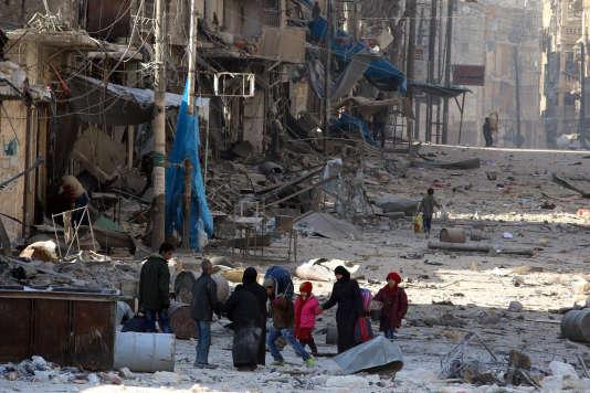 Dans les ruines à Alep, le 28 novembre.