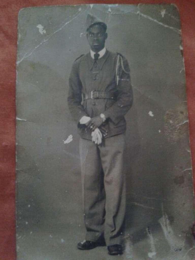 Le tirailleur sénégalais Souleymane Doukouré dans les années 1940.