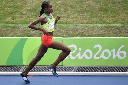 Almaz Ayana lors de la finale olympique du 10 000 m, à Rio.