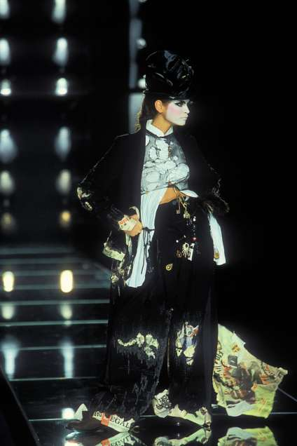 La collection«Clochards» de John Galliano pour Dior, en 2000.