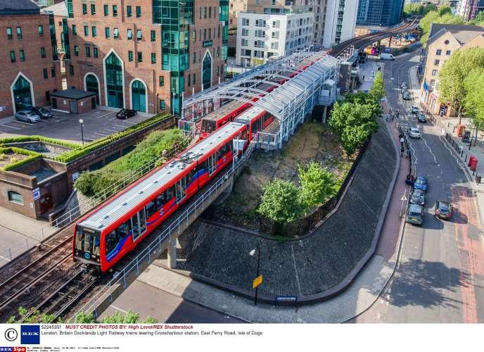 Keolis exploite actuellement six lignes automatiques sur le réseau des Docklands londoniens (DLR).