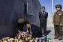 «A l'époque des dictatures militaires conservatrices en Amérique latine, dans les années 1960-1970, la gauche était en phase avec Amnesty International ou la Fédération internationale des droits de l'homme, à laquelle est affiliée la commission cubaine». (Photo : des officiels nord-coréens déposent des gerbes de fleurs au Mausolée José Marti dans le cimetière Santa Ifigenia, à Santiago de Cuba, trois jours après la mort de Fidel Castro, le 25 novembre 2016).
