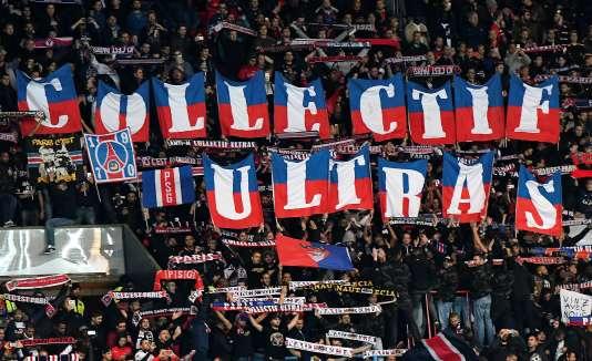 Le groupe Collectif ultras Paris lors de PSG-Bâle, en Ligue des champions le 19 octobre 2016.