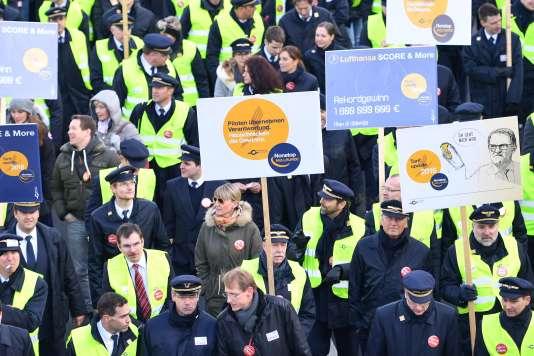 Le mouvement des pilotes de la Lufthansa a entraîné depuis le 23 novembre l'annulation de près de 4500vols.