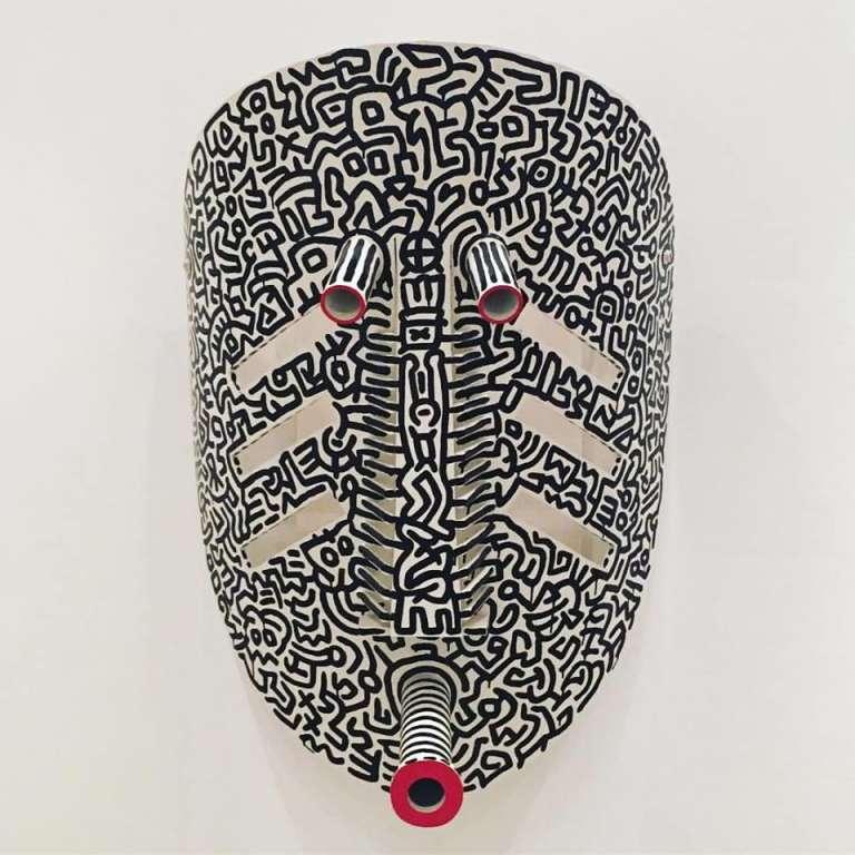 Oeuvre de Keith Haring exposée à la Fondation Zinsou, à Cotonou dans l'exposition qui est consacrée à l'artiste du 14 novembre 2016 au 7 janvier 2017.