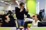 Le fondateur de Vadeo Dan Serfaty dans les bureaux du réseau social français, à Pékin, le 29 janvier 2013.