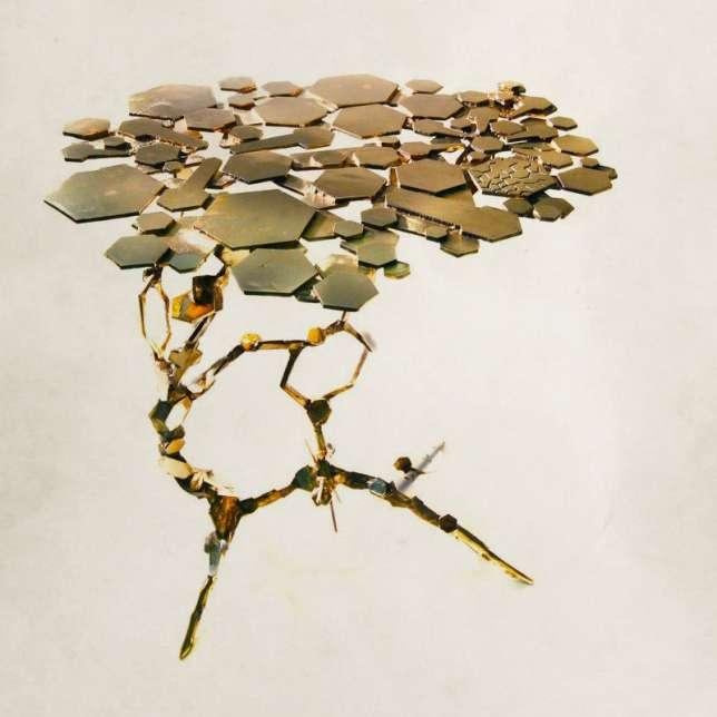 Guéridon Hydrogen en éclats de bronze par Marc Brazier-Jones pour Avant-Scène.