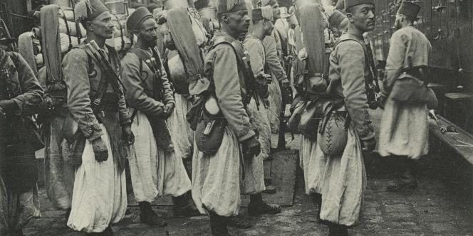 France. Histoire. Première Guerre mondiale. - Tirailleurs sénégalais. 1914. Carte postale.