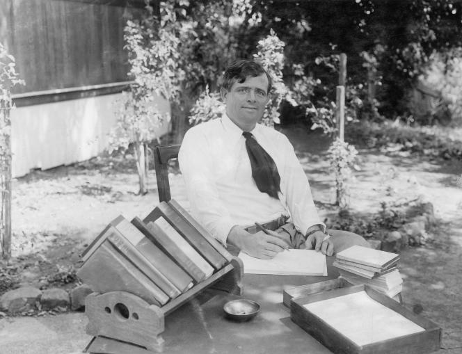 Jack London sur son ranch. Glen Ellen. Californie. 1913