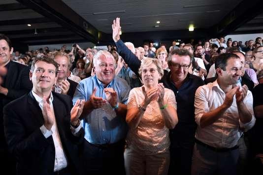 Arnaud Montebourg, Gérard Filoche, Marie-Noëlle Lienemann, Christian Paul (le seul sur la photo à ne pas être candidat à la primaire à gauche) et Benoît Hamon, lors des journées d'été des frondeurs, à La Rochelle, le 11 septembre.