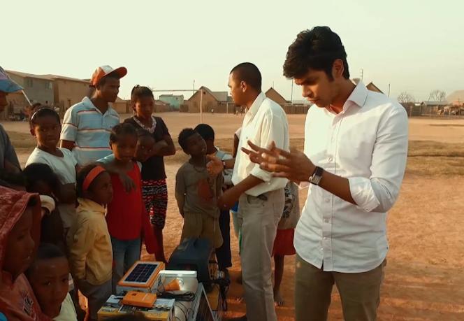 Irfan Alimamod, créateur des kits solaires.