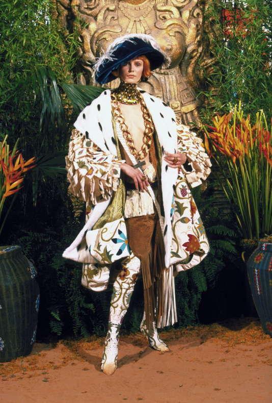 John Galliano pour Christian Dior automne-hiver 1998-1999, haute couture.