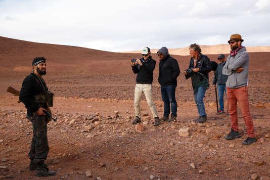 L'équipe du tournage de la série «Bureau des légendes » dans la région de Ouarzazate (Maroc) en novembre.