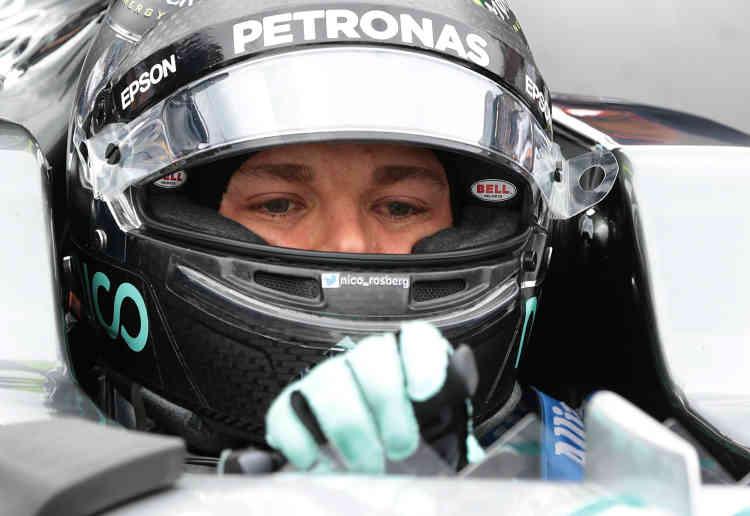 A Suzuka, au Japon, du 9 octobre (photo), Nico Rosberg réalise que le titre est à portée de main. C'est alors qu'il commence à penser à abandonner la course automobile si il devient champion du monde, révèle le pilote allemand sur Facebook le 2 décembre.